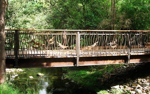 Healesville Sanctuary Bridge Details